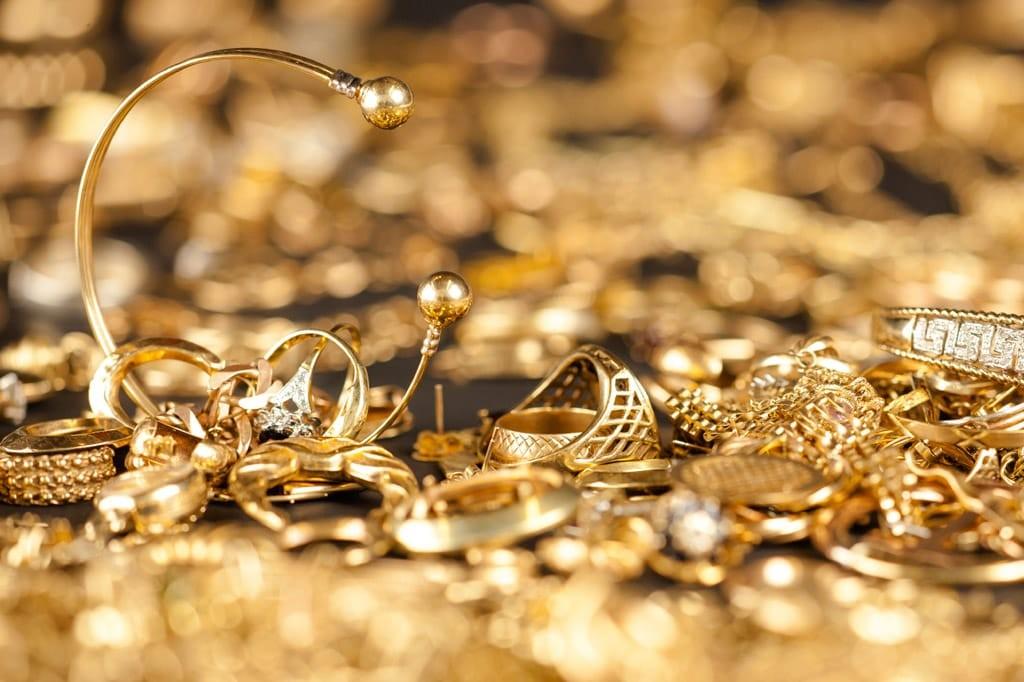 кольца золотые изделия в москве
